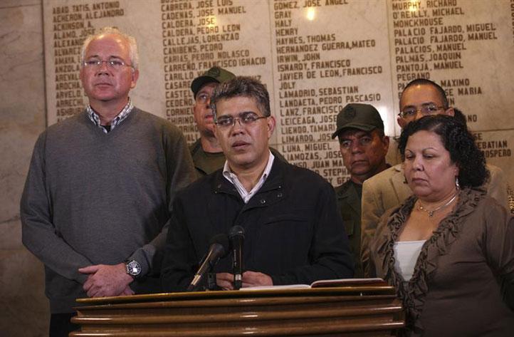 Venezuela-se-aboca-a-elecciones-en-30-dias-con-Maduro-en-Presidencia-interina