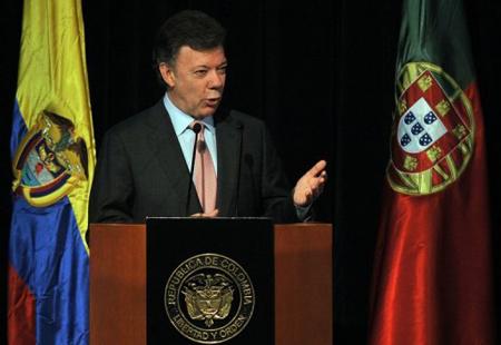 Santos-descarta-debate-sobre-extension-de-periodo-de-gobierno