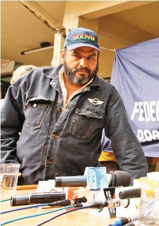 Renuncio-Martinez-al-cargo-de-senador-