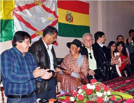 Opositores-se-reunen-en-Sucre-para-crear-un-partido