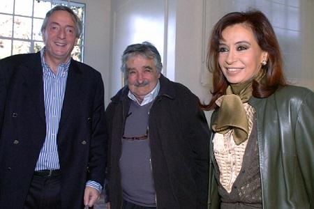 Continua-la-polemica-en-Argentina-despues-que-Mujica-tildara-de--baboso--a-Kirchner