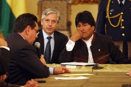 Evo-anuncia-que-demanda-contra-Chile-ante-La-Haya-sera-presentada-este-mes-