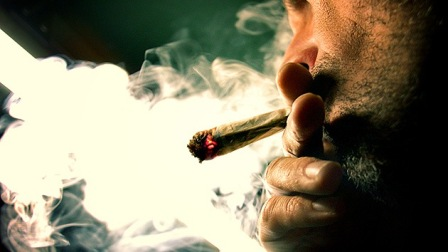 Urge-a-despenalizar-el-consumo-de-drogas-en-las-Americas