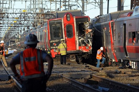 Colision-de-trenes-deja-60-heridos-en-EEUU