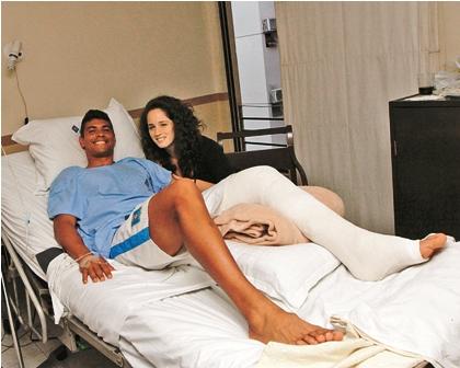 David-Diaz-es-operado-del-tendon-de-Aquiles