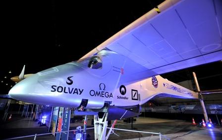Avion-solar--Solar-Impulse--despega-para-iniciar-su-viaje-a-traves-de-EEUU