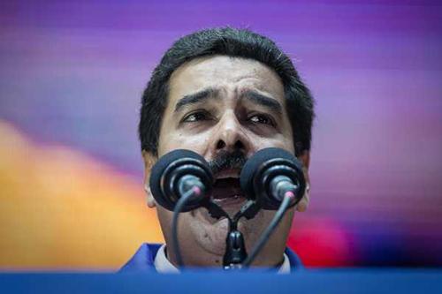 Presidente,-Nicolas-Maduro,-llama-a-combatir--con-todo--el-contrabando-en-limite-con-Colombia