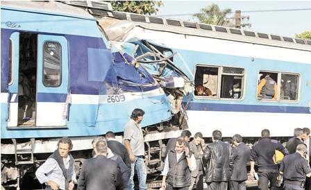 Bolivianos-afectados-en-colision-de-trenes