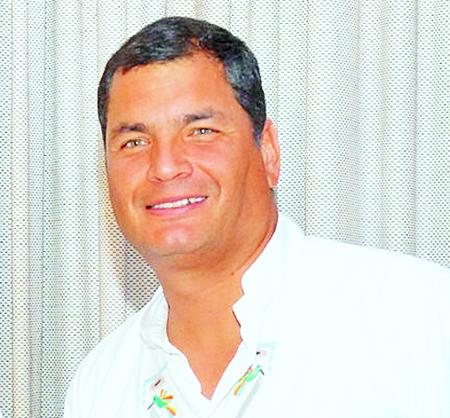 Correa-quiere-expandir-ley-de-mass-media-