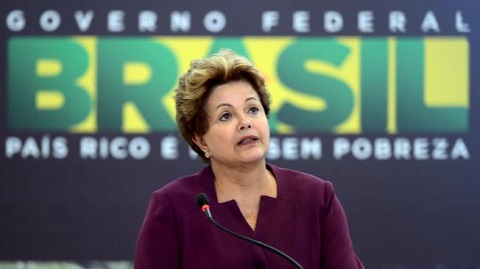 Expectativa-en-Brasil-por-el-mensaje-que-dara-Rousseff-en-cadena-nacional