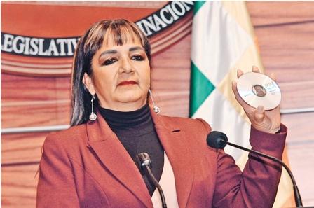 Citan-a-declarar-a--senadora-Gonzales