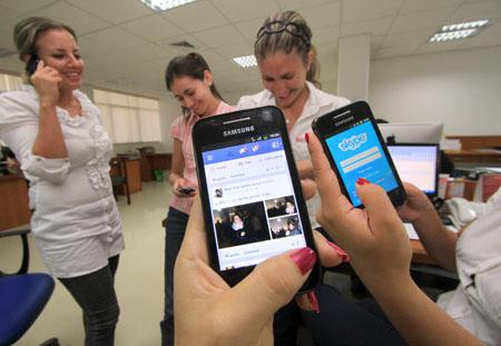 La--revolucion--de-los-Smartphones