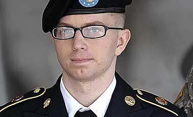 Comienza-juicio-contra-militar-estadounidense-por-filtrar-cables-a-Wikileaks