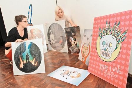 Dibujantes-ponen-su--talento-en-Kiosko