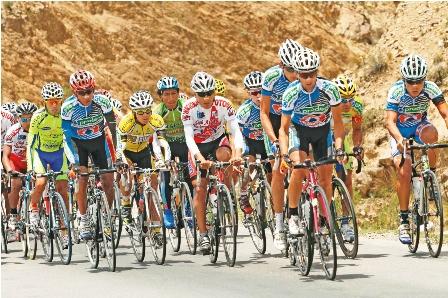 Vuelta-al-sur-con-los-mejores-ciclistas-del-pais