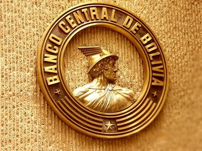 -Bolivia-cierra-primer-semestre-con-deuda-externa-de-$us-4.373-millones--