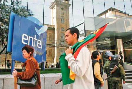 Entel-La-Paz-distribuyen-memorandums-de-preaviso