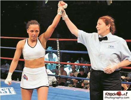 Federacion-califica-de--ilegal--pelea-mundialista-de-Jennifer-Salinas