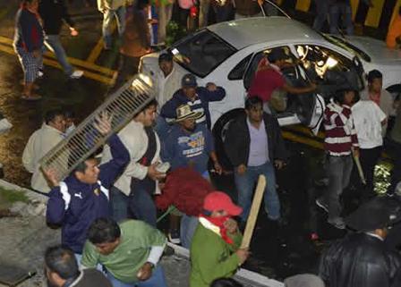 Maestros-desatan-violencia-en-Mexico