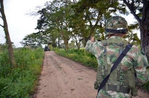 Emboscada-dejo-14-militares-y-dos-guerrilleros-muertos-