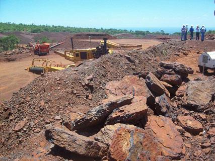 Empresa-Siderurgica-del-Mutun-acordo-venta-de-50-mil-toneladas-de-hierro-a-Brasil,-Argentina-y-Paraguay