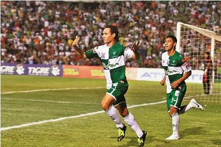 Premiaran-a-Mojica-y-Saucedo-por-su-goles