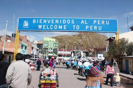 Autoridades-de-Bolivia-y-Peru-coordinan-acciones-contra-el-contrabando