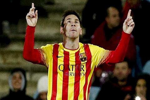 Messi,-con-dos-goles,-clasifica-al-Barcelona;-Neymar-se-lesiona