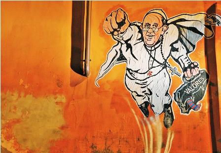 El-Vaticano-se-divierte-con-un-papa-Superman