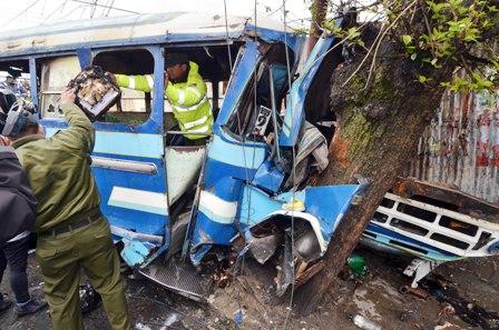 Tres-accidentes-con-2-muertos-y-28-heridos