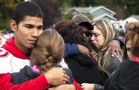 Dos-muertos-y-3-heridos-tras-tiroteo-en-colegio-de-EEUU