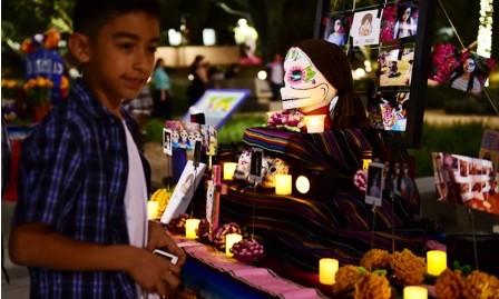 Halloween-y-Todos-Santos-son-celebrados-por-igual
