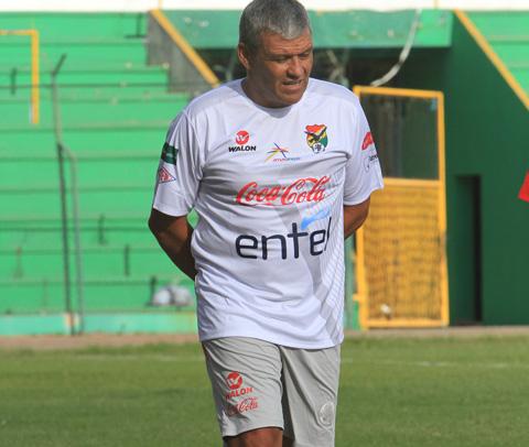 Clausen:--El-futbol-boliviano-esta-mas-atrasado-que-el-resto-