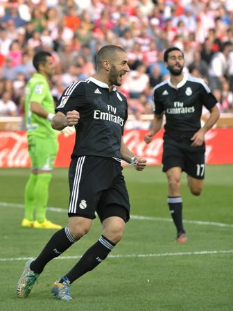 Barcelona-pierde-de-local-y-sede-la-punta-al-Real-Madrid-