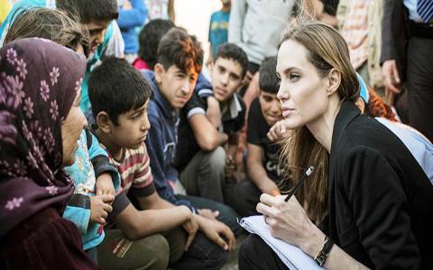 Angelina-Jolie,-¿de-actriz-a-politica?