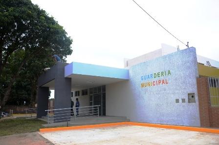 Entrega-guarderia-en-la-Pampa-de-la-Isla