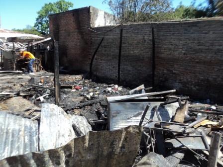 Tres-ninos-mueren-en--un-incendio-en-Yacuiba