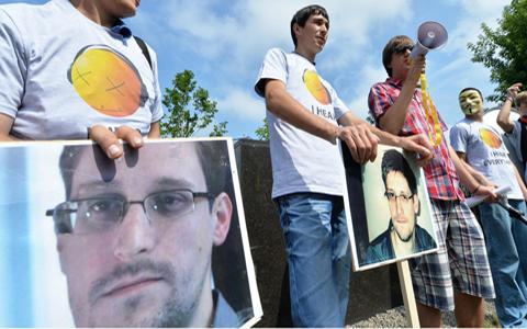 Mas-de-un-millon-de-personas-de-200-paises-piden-asilo-para-Snowden-en-Brasil
