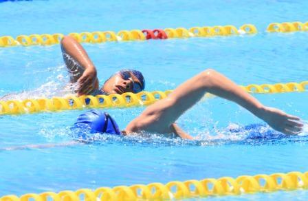 Santa-Cruz-no-tuvo-rival-en-el-nacional-de-natacion