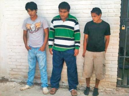 Detienen-a-tres-sujetos-acusados-de-un-atraco--