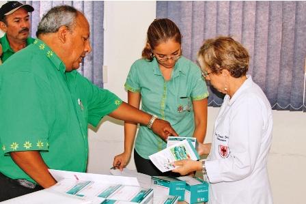 Hacen-2.500-pruebas-rapidas-del-dengue