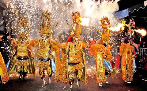 El-majestuoso-Carnaval-de-Oruro-impresiono-a-miles-de-turistas