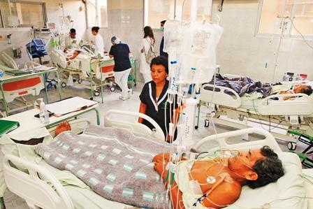 Solo-7-de-200-camas-son-para-terapia-intensiva-en-los-hospitales