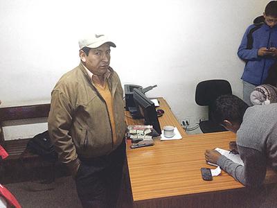 El-asambleista-del-MAS,-Javier-Humana,-es-denunciado-por-otro-caso-de-acoso-