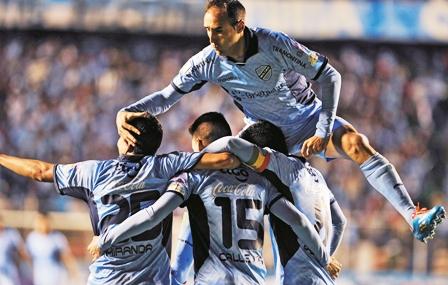 Bolivar-pasa-a-octavos-de-la-Copa-como-1ro-de-grupo