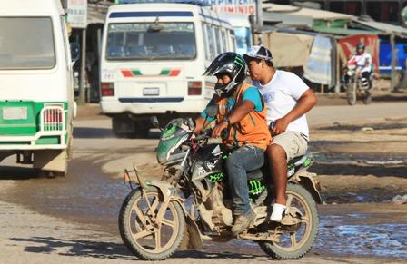 Policia-inicia-registro-de-mototaxistas-en-la-ciudad