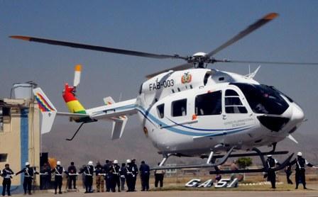 Dos nuevos helicópteros para el G77 en santa Cruz.