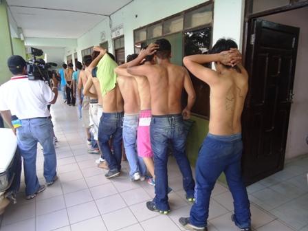 Pandilleros-buscados-son-arrestados-en-una-fiesta-