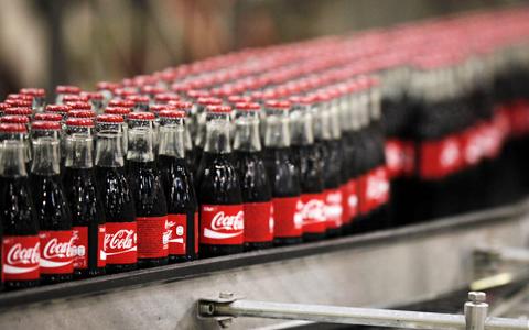 Coca-Cola-elimina-polemico-ingrediente-de-sus-bebidas-