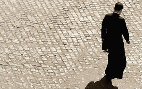El-Vaticano-destituyo-a-884-sacerdotes-por-abusos-a-menores-en-ultima-decada